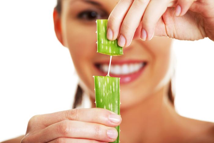 Cómo tratar el acné de forma natural