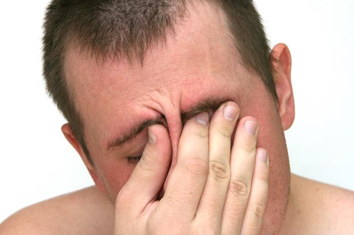 Cómo tratar un dolor de cabeza de tensión
