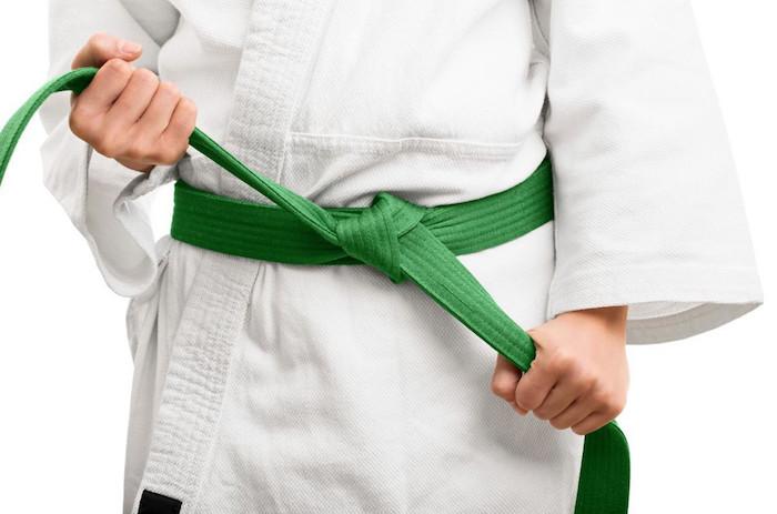 Niveles de cinturón de karate   Centro de Información Médica   Consultas de  Salud