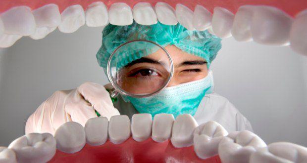 Parodontalne bolezni: Vzroki, simptomi in zdravljenje možnosti