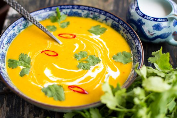 Buče in kokosovo juho