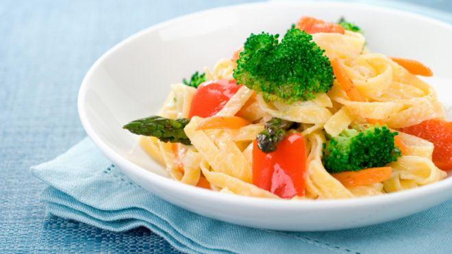 essen Sie mehr und verlieren Sie noch Gewicht