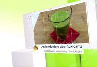 عصير مضادات الأكسدة وإزالة السموم