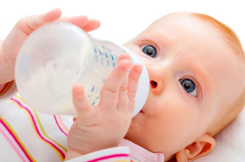 Mi bebé no puede tomar leche de vaca