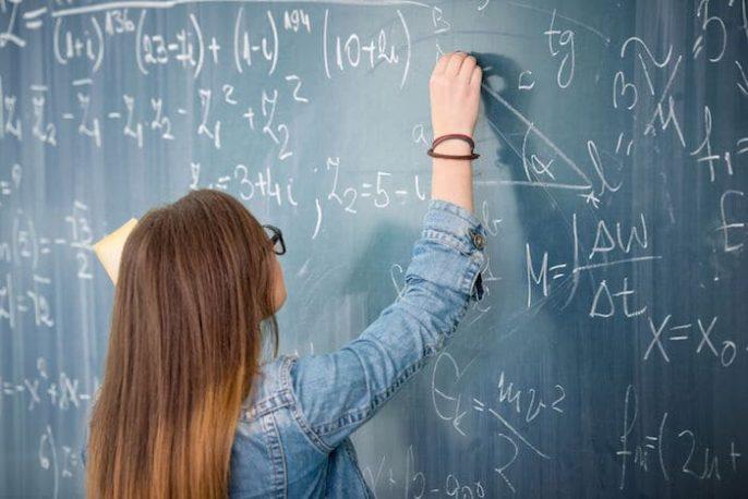 O câncer segue as regras da matemática?