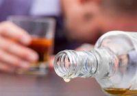 酒精对抗生素阿奇霉素有何影响(如果有的话)?
