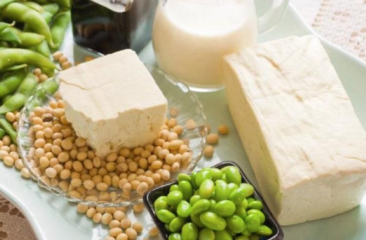 研究人员警告说牛奶从大豆和其他豆类食品的危险