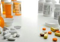 ما هي مسكنات الألم التي ليس لها وصفة طبية المناسبة لك ، وما هي المخاطر؟