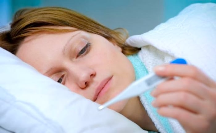 Ce qui peut causer une fièvre prolongée?