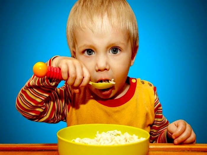 儿童也有饮食失调症: 你的孩子可能有厌食症, 暴食症或暴食饮食失调症?