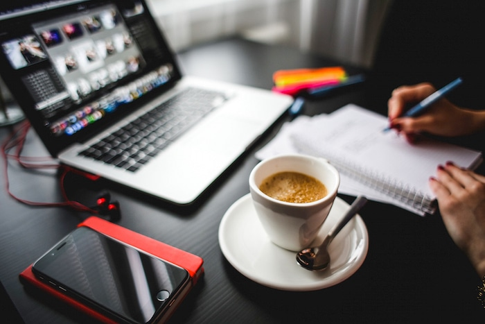 Prostega časa je resen posel: Kako prosti čas povečuje zdravje delavcev in produktivnost?