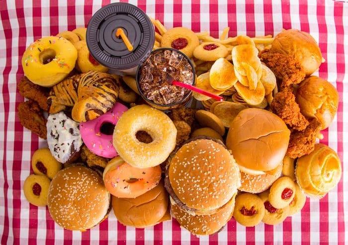 Para baixar o colesterol LDL, comer menos açúcar