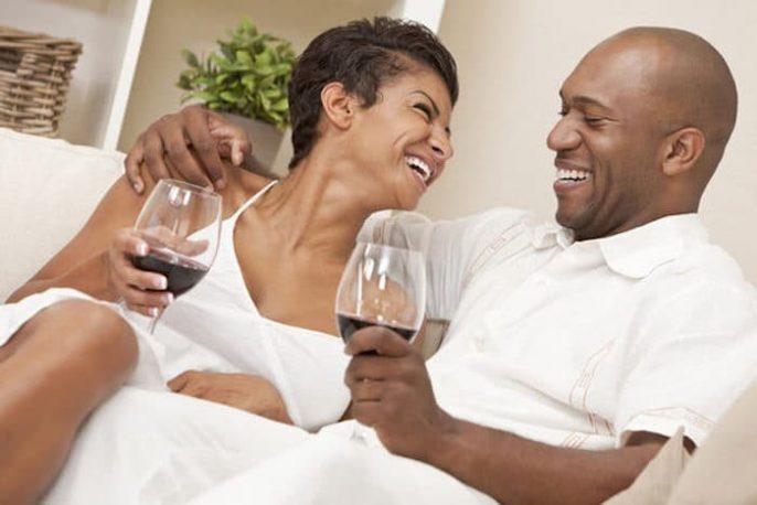 Consumo de álcool entre homens e mulheres nos Estados Unidos.
