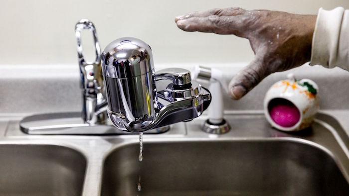 铅的燧石水的污染有多么严重吗, 密歇根州?