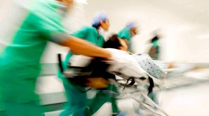 药物在急诊室的短缺成为关键