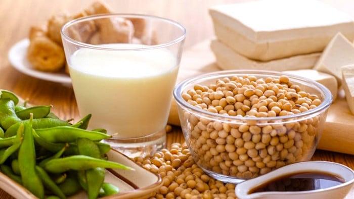 A dieta da soja - Esto pode ajudar a prevenir a osteoporose para uma mulher na menopausa?