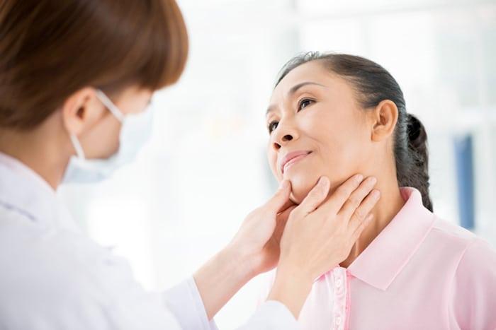 Il n'est pas juste un virus: signes et symptômes de troubles de la thyroïde