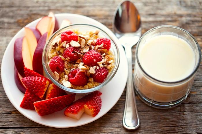 10 आपके स्वास्थ्य में सुधार करने के लिए आसान पोषण युक्तियाँ