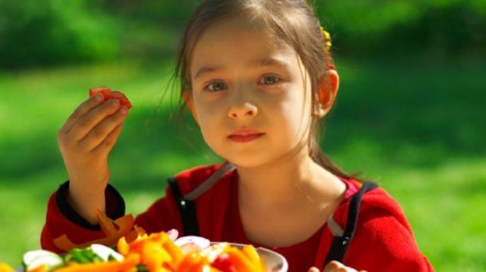 Los niños vegetarianos: ¿Están en riesgo de anemia realmente?