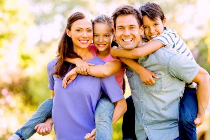 هل الطبقة الاجتماعية تتسبب في تركيز الأبوة والأمومة؟