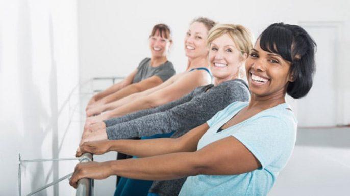 ¿Por qué usted aumenta de peso cuando entras en la menopausia, y puede hacer algo al respecto?
