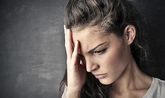 Quando é a minha dor de cabeça muito aguda e grave, Devo me preocupar?