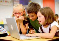 ¿Es su hijo en edad primaria un adicto a Internet?