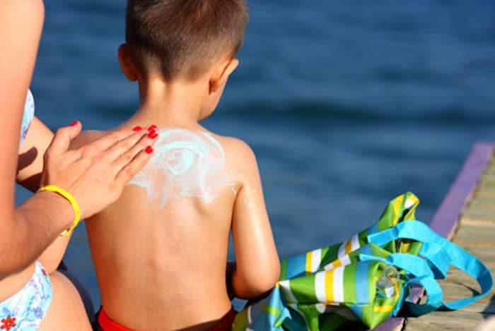 从直到儿童太阳保护子宫