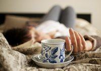 O consumo de cafeína antes de engravidar está relacionado ao aumento do risco de aborto