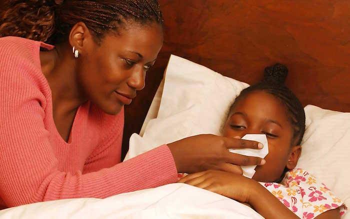 Ali menite, da vaš otrok lahko trpijo zaradi sezonskih alergij?