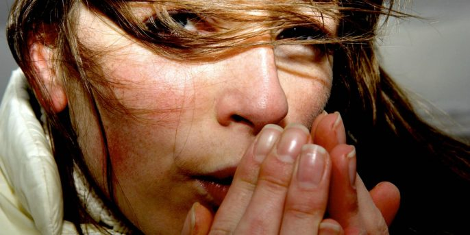 مرض / ظاهرة رينود: الأعراض والأسباب والتشخيص والعلاج