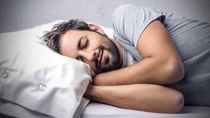 Epilepsija: Napadi, ko spijo