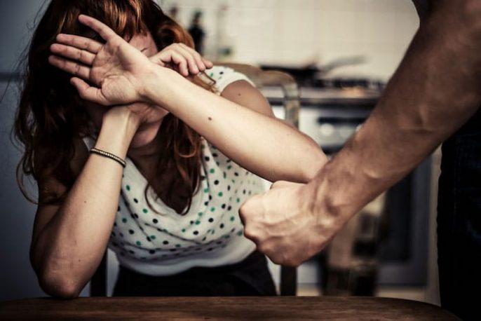 Gravidez e relacionamentos abusivos