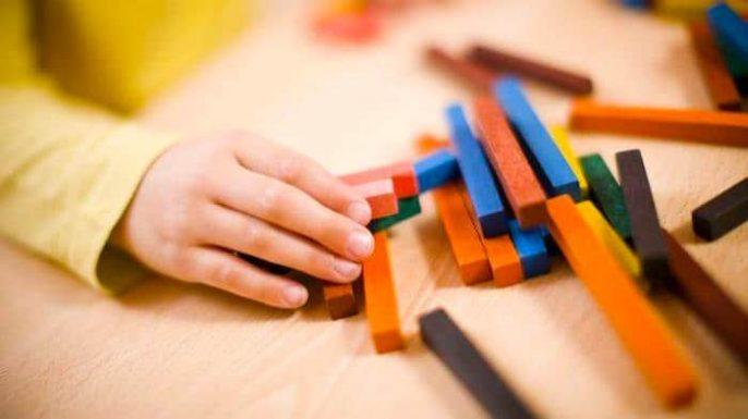 هل الآباء الذين لديهم عقلية علمية أكثر عرضة لإنجاب طفل مصاب بالتوحد؟