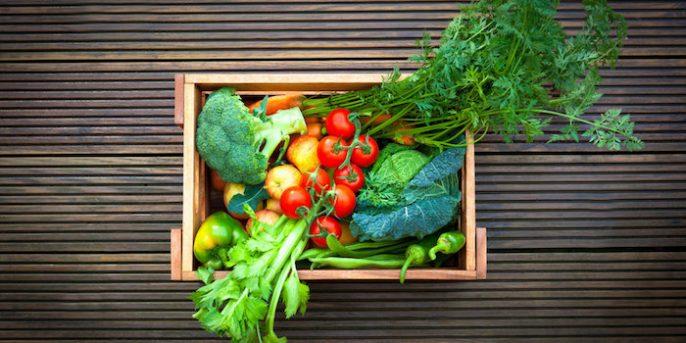 ¿Los alimentos de color rojo realmente son mejor que los verdes?