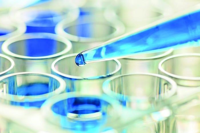 Vse stroške zaporedja genoma, ki spadajo dramatično pri nekaterih bolnikih z rakom