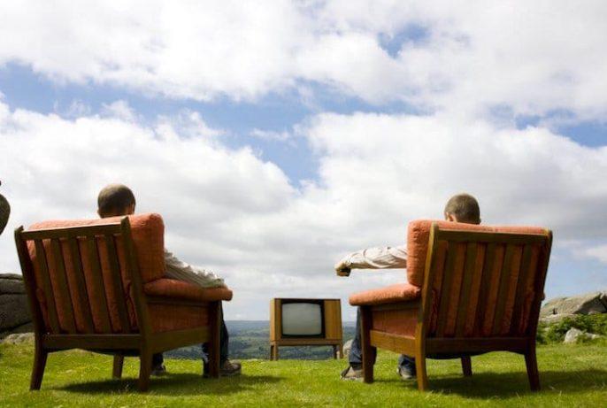Sentar por mais de 3 horas por dia aumenta o risco de mortalidade