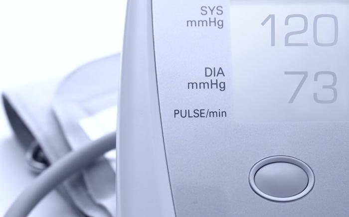Nizek krvni tlak: Vzroki, tveganja in zdravljenje