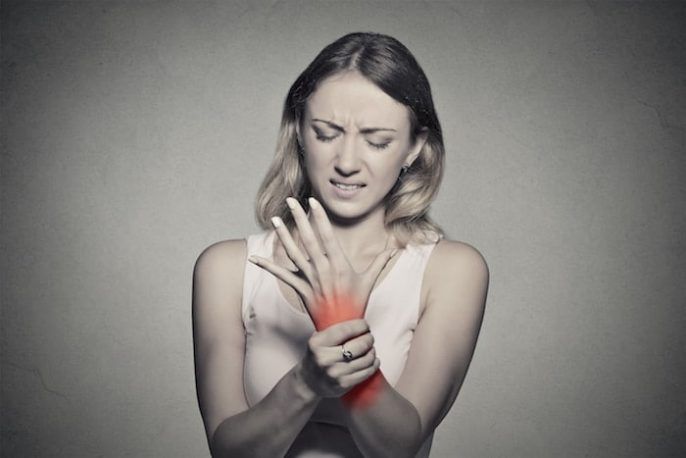 العلاقة بين متلازمة النفق الرسغي (STC) والتهاب المفاصل