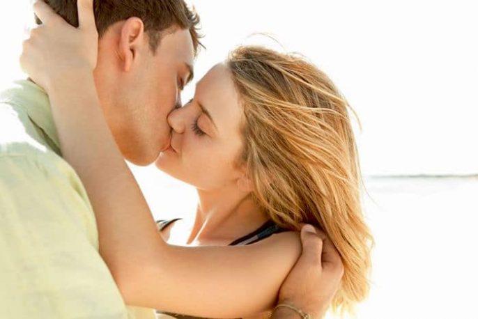 La mononucleosis infecciosa o mono: El tratamiento de la enfermedad del beso
