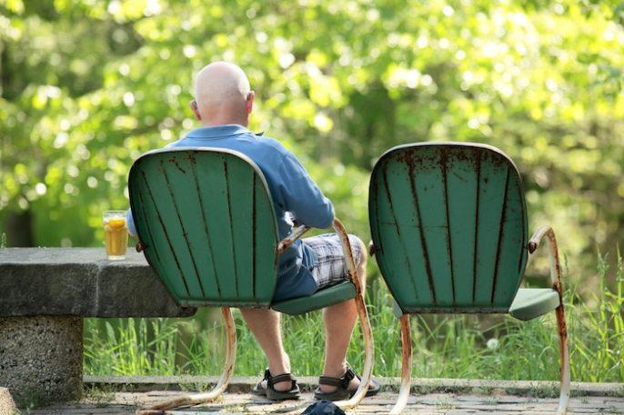 La soledad está relacionada con enfermedades del corazón y el riesgo de un accidente cerebrovascular