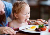 研究:单独进餐的儿童健康状况较差
