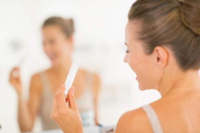 Pensez-vous que vous pourriez être enceinte? Les premiers signes