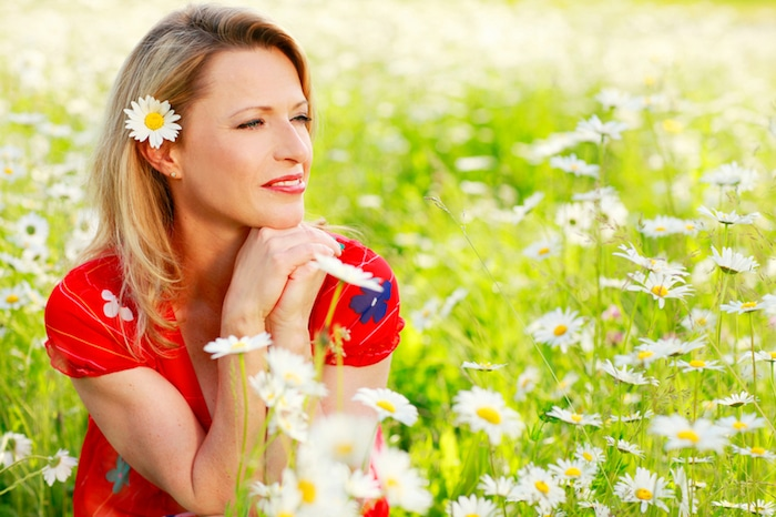 Nekatere terapije, ki temelji na rastlinah lahko izboljša simptome menopavze