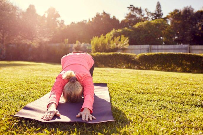 10 Posturas de yoga para ayudar con la ansiedad