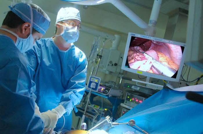 L'horaire quotidien d'un chirurgien laparoscopique