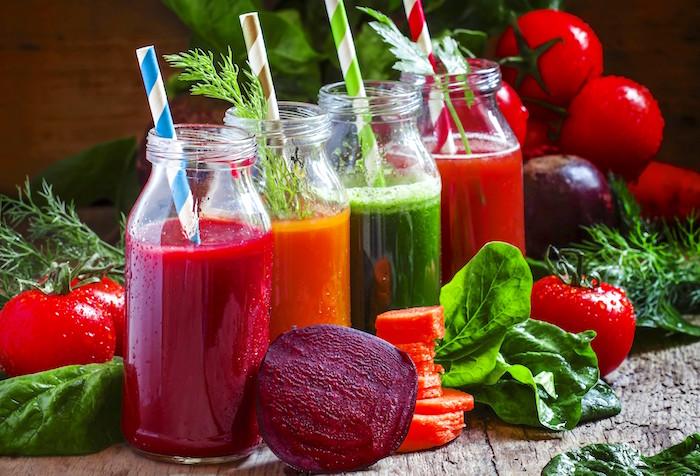 Comment les jus et les smoothies peuvent augmenter votre santé et vous aider à perdre du poids