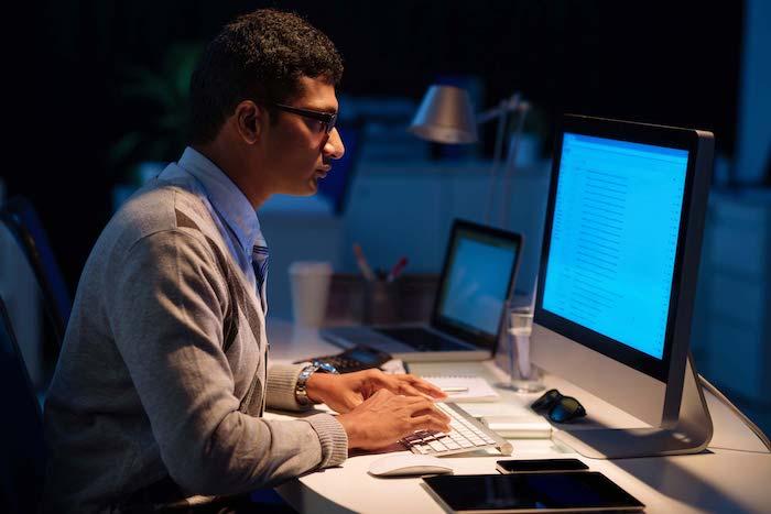 Workaholismo और अपने निजी जीवन पर इसके प्रभाव