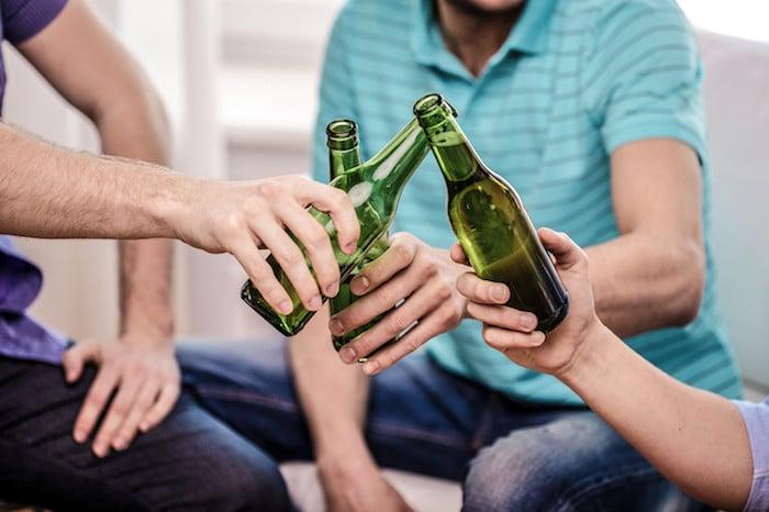 恢复酗酒: 什么样的作用可以行使玩?