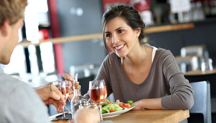 ¿Qué comen los nutricionistas cuando comen en los restaurantes?